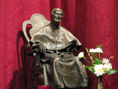 Statue of Blessed John Henry Newman in the Chapel at Littlemore